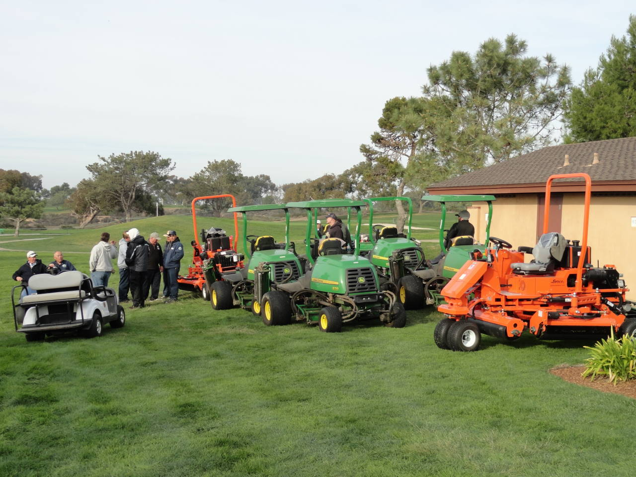 You are currently viewing July Turf Equipment Auction